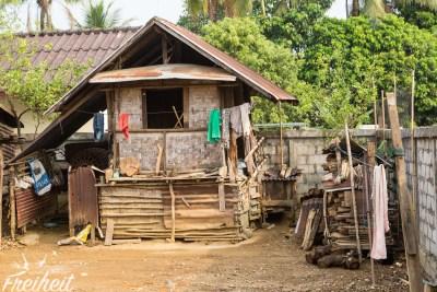 Einfachste Hütte und doch geht noch ärmer 😢