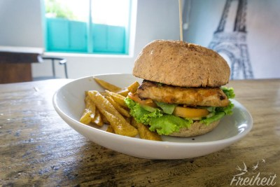 Mega Tempeh-Burger