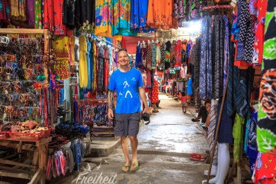 Shoppingmeile in Bukit Lawang