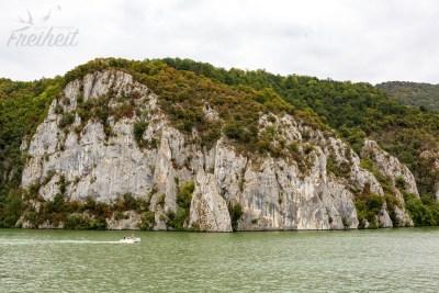 Die Donau ist am Eisernen Tor 80m tief