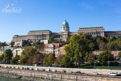 Blick zum Burgpalast