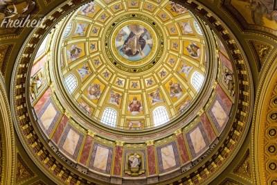 Die 96m hohe Kuppel der St. Stephans Basilika