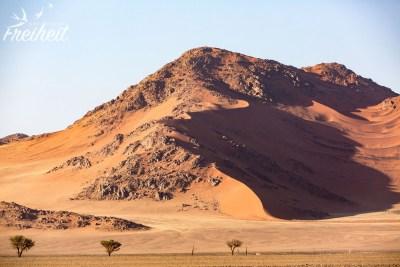 Felsen und Sand