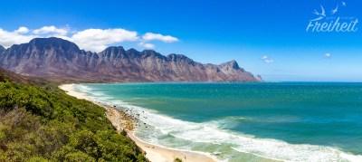 Fantastische Ausblicke von der Küstenstraße nach Kapstadt