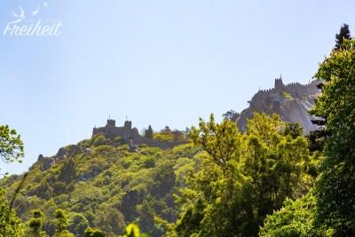 ...die maurische Burg von Sintra (kann ebenfalls besucht werden)