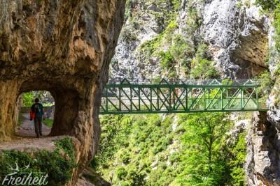 Ohne Brücke geht auch hier nichts