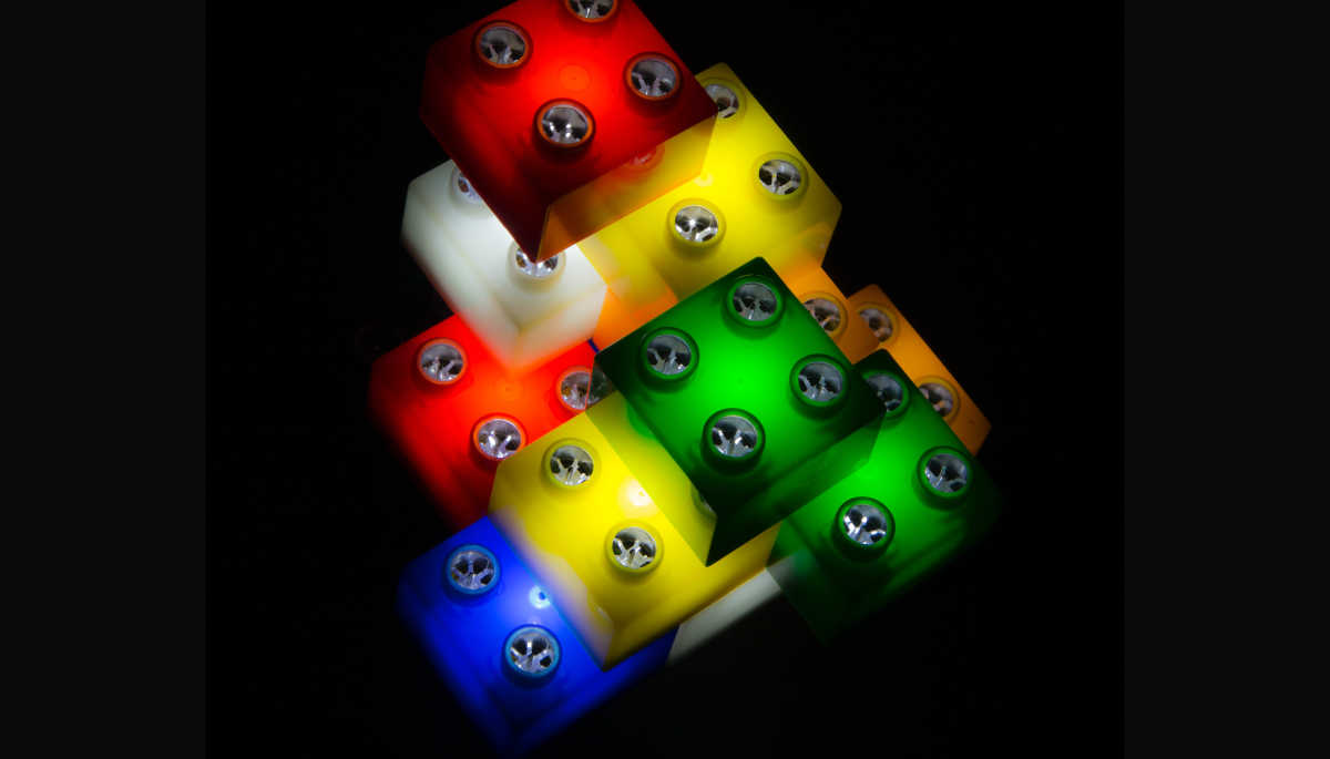 Photo by phil sheldon ABIPP on Unsplash Go to phil sheldon ABIPP's profile phil sheldon ABIPP @sploshd assorted-color plastic tools