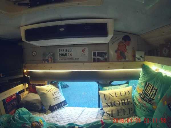 retro camper jerry vom amerikanischen schulbus zum camper. Black Bedroom Furniture Sets. Home Design Ideas