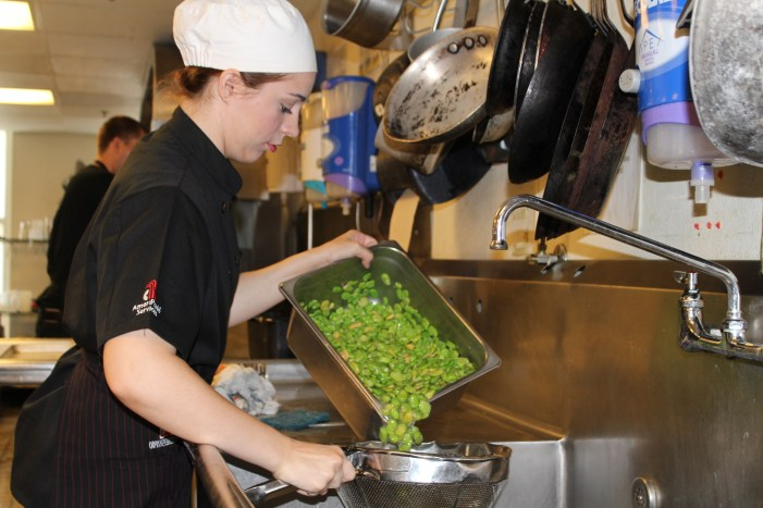 Mulhall student works with top chefs for industry fundraiser
