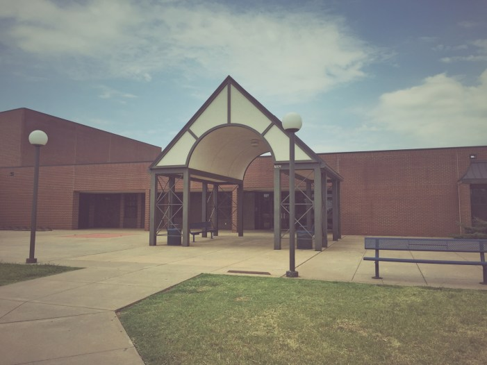 Elementary school seeking volunteers for test monitors