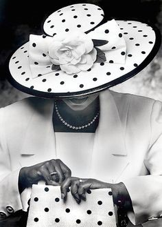 Guthrie Public Library to host 3rd Annual Crowns Tea