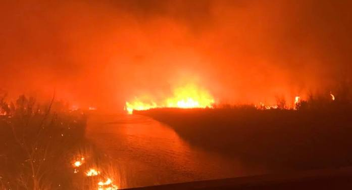 Logan County firefighters assist with large grass fires in Oklahoma