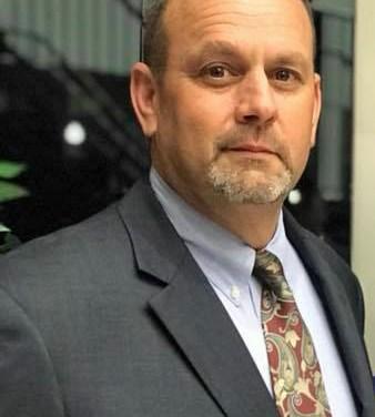Video: Ron Plagg sworn in as school board member