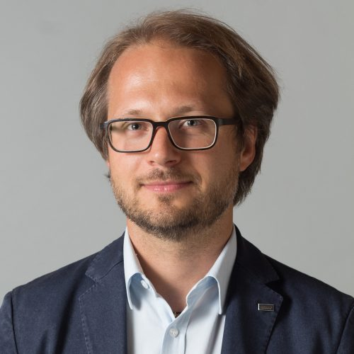 """""""5G is key to making drone operations possible at scale"""" Sebastian Babiarz, AirMap"""