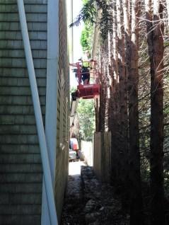 difficult gutter installation