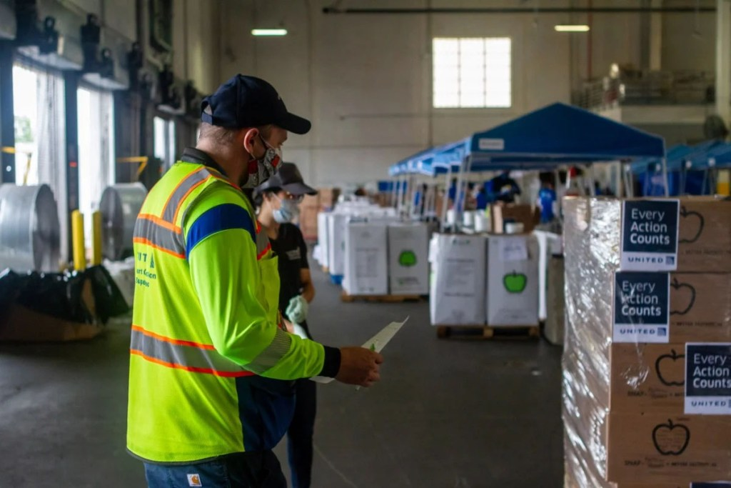 United Airlines Employees Convert Cargo Facilities into Food Distribution Centers