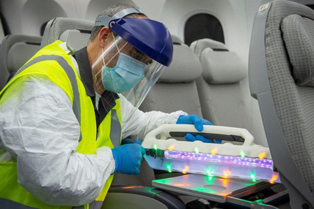Boeing UV wand