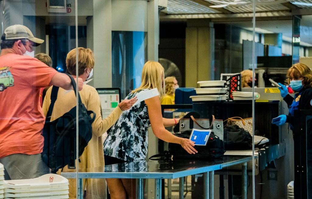 passengers at TSA checkpoint