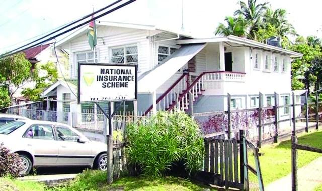 Bandits hit NIS Pouderoyen Office