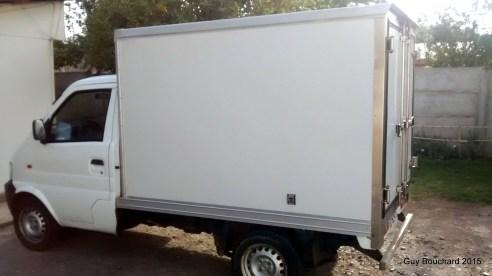 Petit camion de livraison