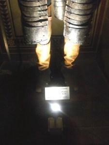 Giovanni's legs