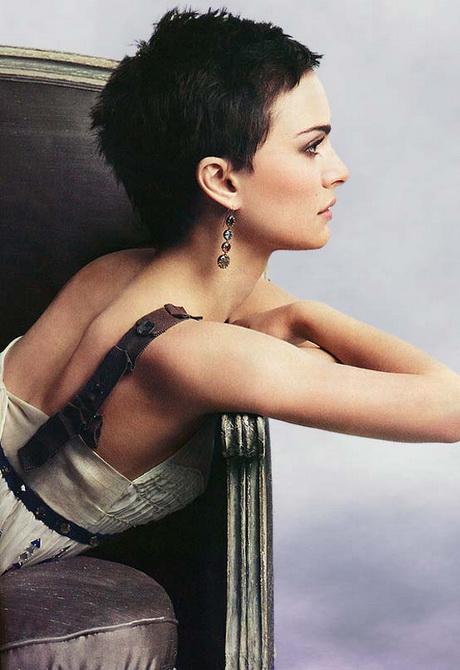Natalie Portman Pixie Haircut