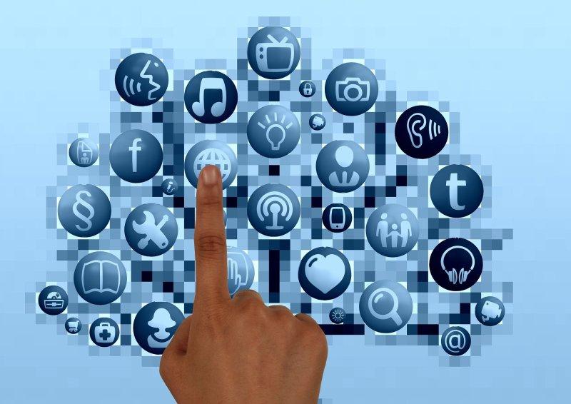 Redes sociales, Celular, Internet, Movil, frenar la adicción a las Redes sociales,