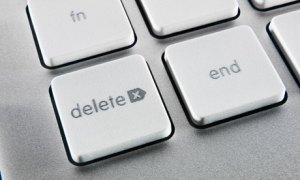 delete button on a computer keyboard