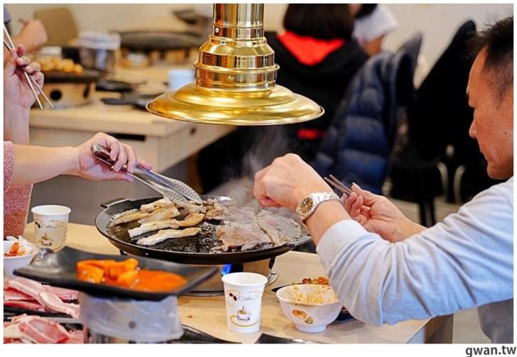 20201215213538 63 - 熱血採訪|台中韓式烤肉吃到飽!烤肉、熱湯、小菜任你吃最低只要369元,周年慶期間還免收服務費~