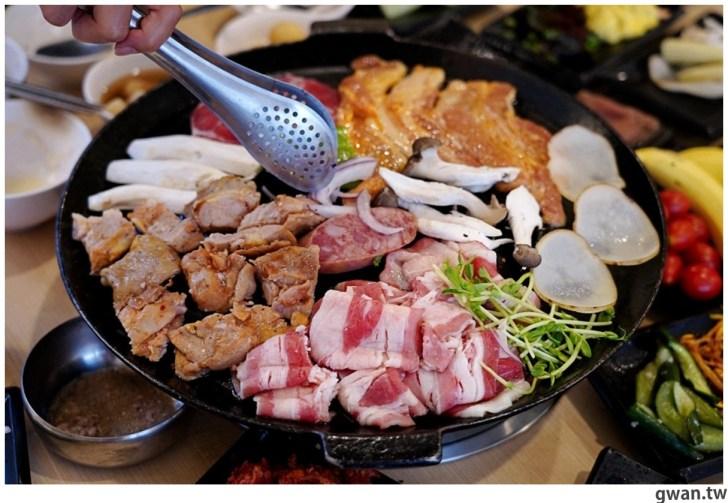 20201215213556 16 - 熱血採訪|台中韓式烤肉吃到飽!烤肉、熱湯、小菜任你吃最低只要369元,周年慶期間還免收服務費~