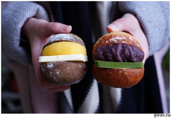 20210117184118 6 - 台中超隱密的麵包店,還沒營業排到大門口!晚來只能撿麵包屑~