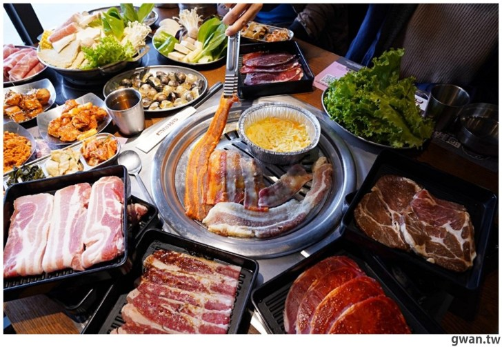20210122144724 12 - 熱血採訪|台中烤肉火鍋吃到飽,平日午餐學生只要399,用餐時間人潮滿滿!