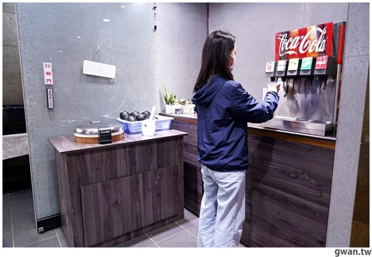 20210211003032 15 - 熱血採訪 台中新開便當店,居然可以吃到牛肉麵火鍋,內用手工豆花跟冰淇淋無限享用!