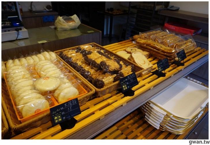 20210501194537 14 - 巷子裡的低調麵包店,隱藏版巨無霸泡芙你吃過嗎?