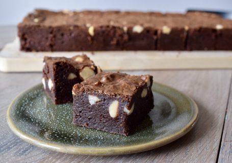 Super fudge Brownies - Gwenn's Bakery