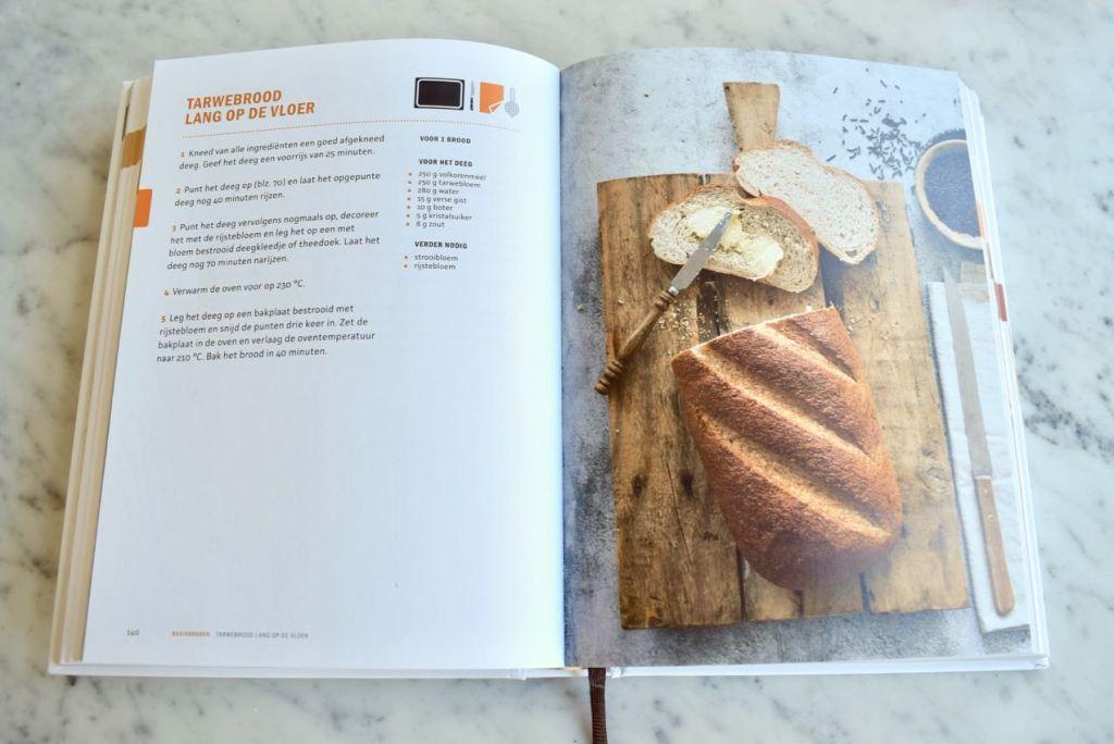 Broodbijbel (review) - Gwenn's Bakery