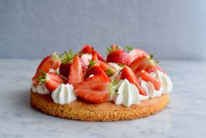Aardbeientaartje met Bretons zanddeeg (zomers gebak) - Gwenn's Bakery