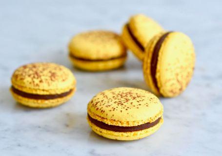 Passievrucht macarons - Gwenn's Bakery