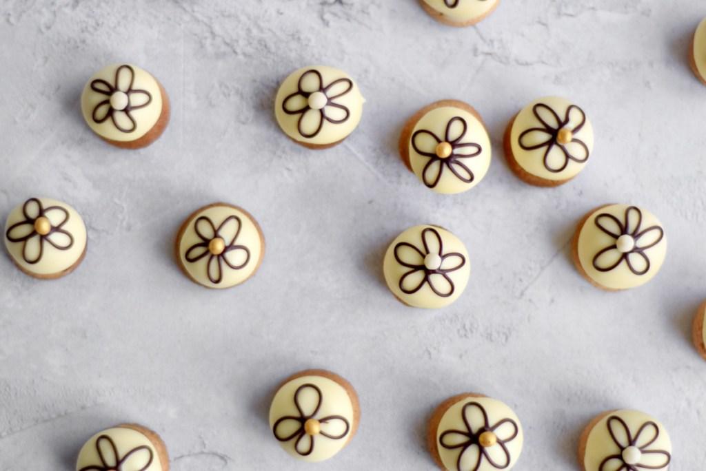 Petit crème bitterkoekjes - Gwenn's Bakery