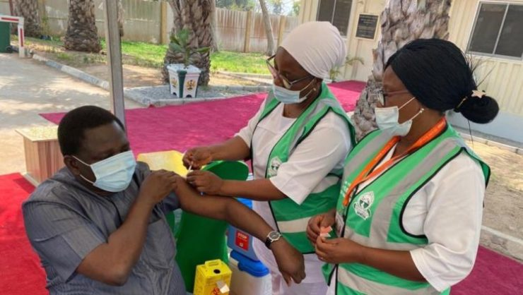 PHOTOS: Buhari's Chief Of Staff, Aides Receive COVID-19 Vaccine