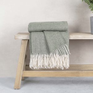 Anna Pure Wool Throw – Olive