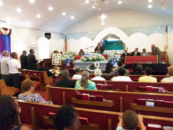 Funeral-Frank-Hammond-2013-07-28