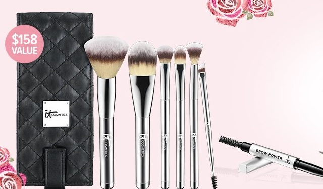 It Cosmetics Brush Set gift with purchase