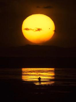 https://i1.wp.com/gwynnemayer.com/wp-content/uploads/2012/11/full_moon.png