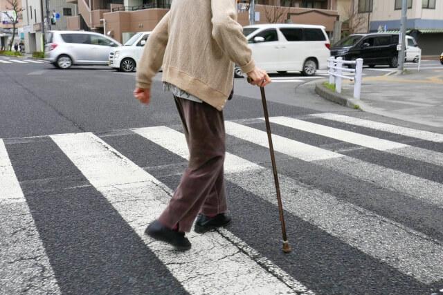【大口商店街通り魔事件】防犯カメラに写っていた疑惑の杖の男(71歳)がスピード逮捕!