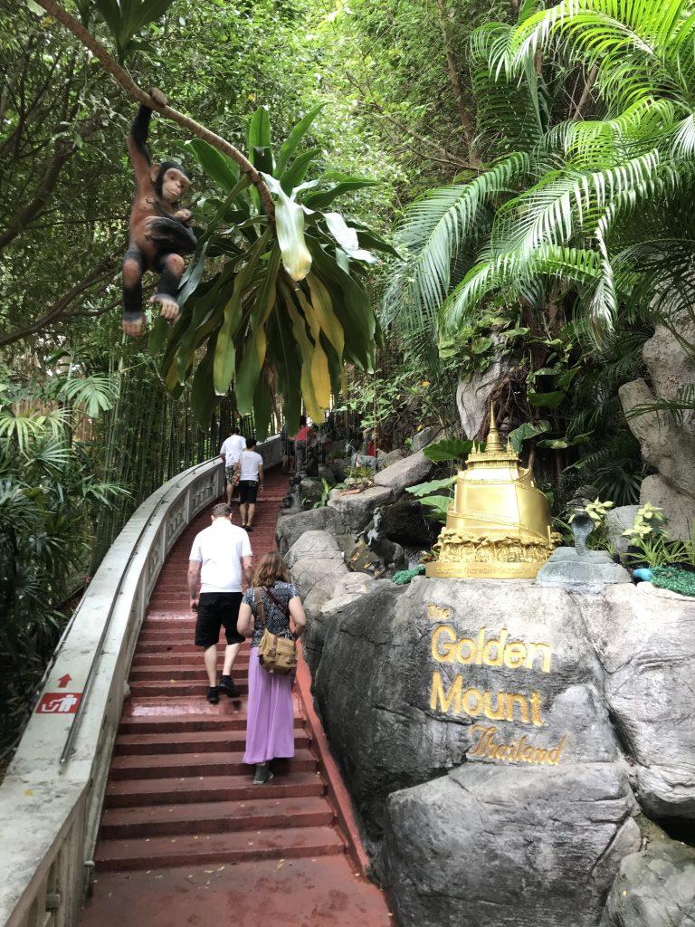 trappor vid golden mount