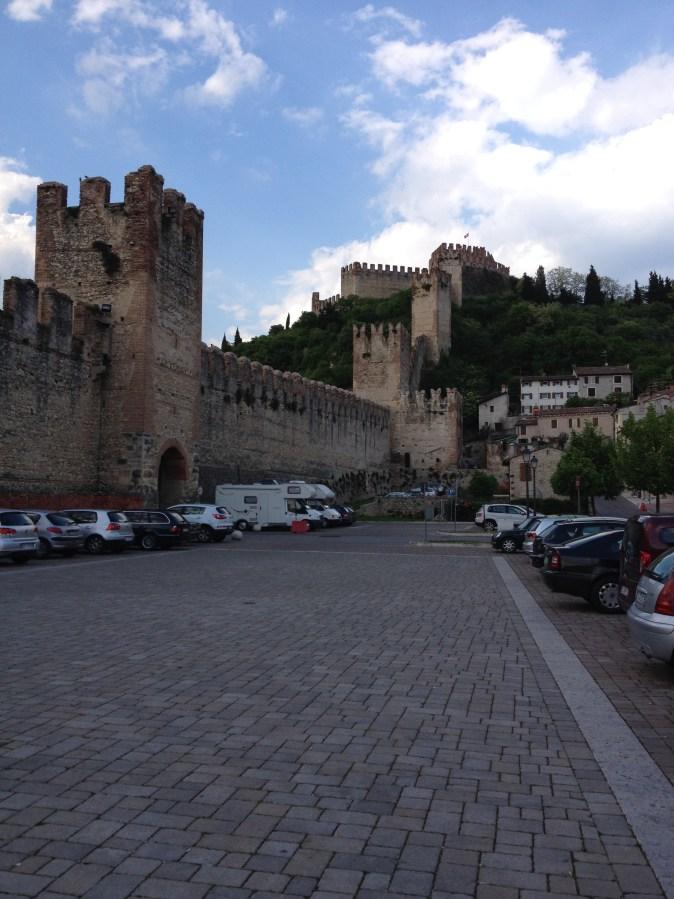 mur och borg