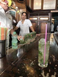 mojito i baren