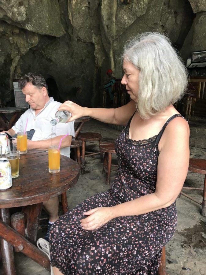 Gyllintours häller rom i drink
