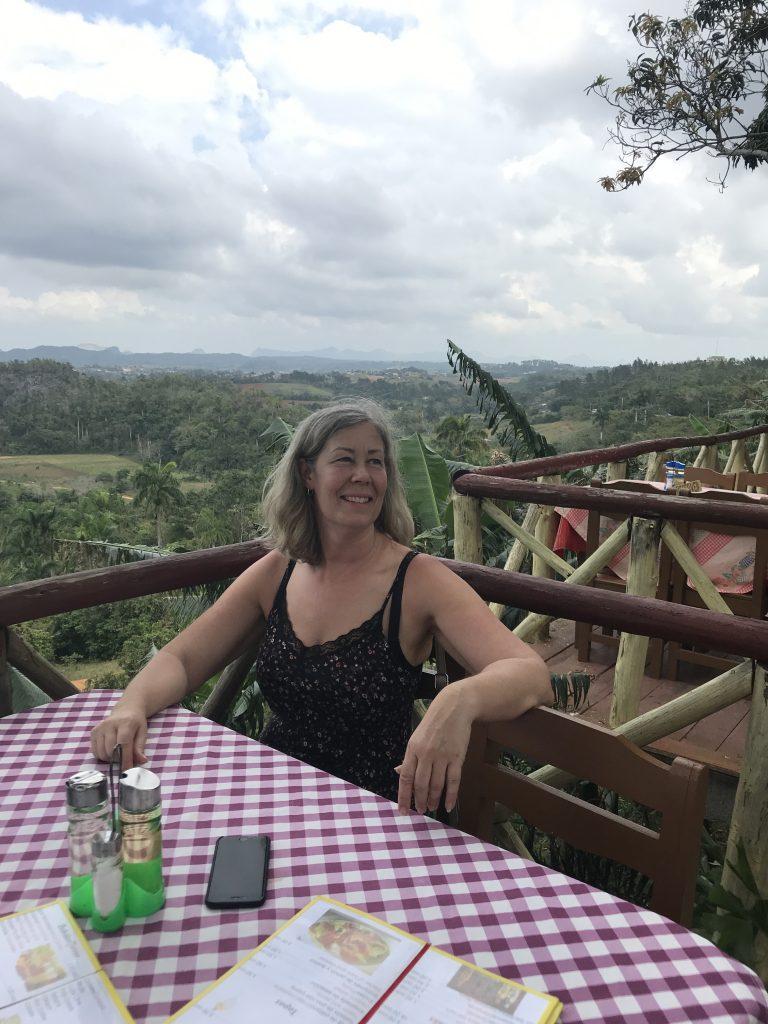 Gyllintours på restaurang med vacker utsikt